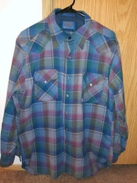 Size large Pendleton flannel in great condition.  Portland, 97230