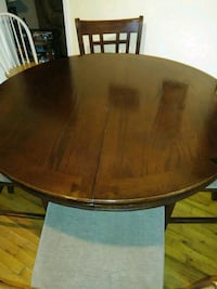 Dinning table+4 chairs Cartersville, 30121