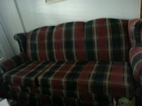Chair and 3 seater sofa Newmarket, L3Y 8C4