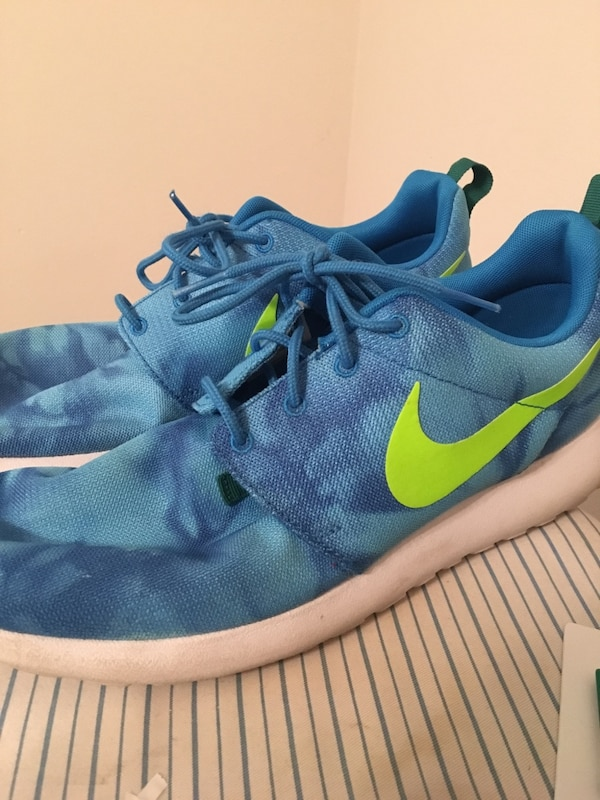 d2965ad9cfd1 Used Nike Roshe Run (blue lime green) SIZE 11.5 for sale in Tampa - letgo