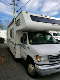 2001 Ford E450 RV Rutherford, 07070