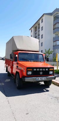 1994 Dodge as Serhat