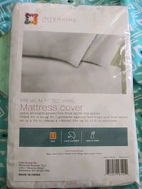 Premium Fitted Vinyl Twin Mattress Cover