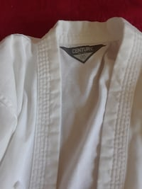 Boy's Karate Uniform Size 00 BOWIE