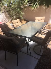 Patio set with 6 captain chairs  Las Vegas, 89144