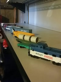 Vintage train set with all of the  Nashua, 03060