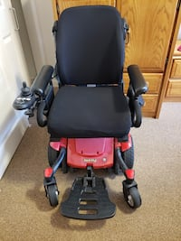 Electric wheelchair Mississauga, L5W 1B8