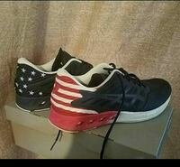 pair of black-red-and-white Asics U.S. flag-printe Louisville, 40219