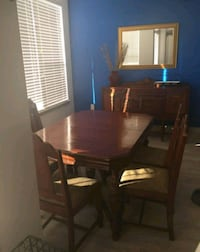 Antique table w/6chairs and buffet  Northglenn, 80234