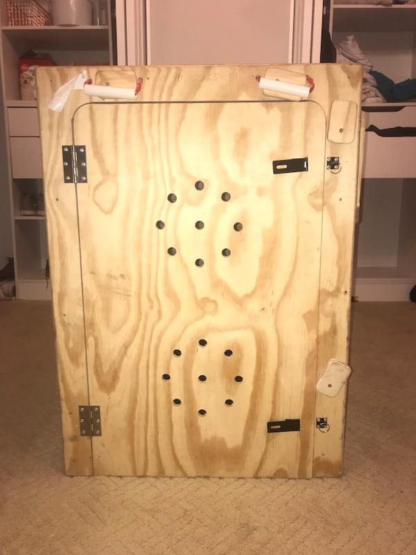 Extra large dog crate (Airline Approved)