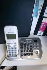 Panasonic Cordless Phone with 5 Hand sets $15 Mississauga, L5A 1W7