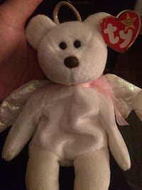 White and red bear plush toy Aurora, L4G 1H5