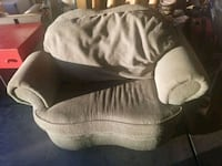 gray and white pet bed Las Vegas, 89108