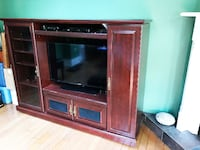 Large Entertainment Unit Hamilton