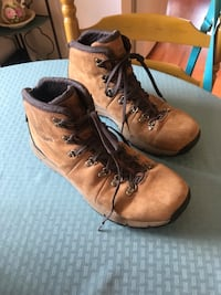 DANNER Waterproof Hiking Boots size 13 Hudson, 03051