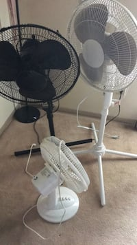 2 white fan good condition need to sell that moving sell  Winnipeg, R2K
