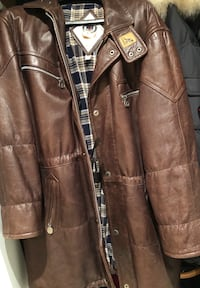 Brown leather Kangol zip-up jacket Laval, H7N 2T9