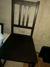 3 good condition kitchen or dining chairs  Whitby, L1R 3C4