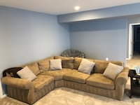 Pottery Barn Sectional Aldie, 20105
