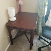 Wooden table for sale Maryland Heights, 63043