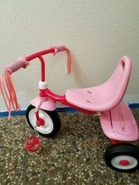 Pink Radio Flyer Trike Tricycle with trunk CUTE!