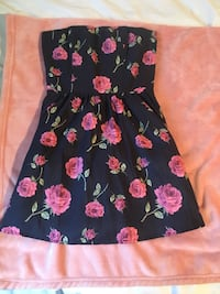 black and pink floral spaghetti strap dress Guelph, N1E 2X4