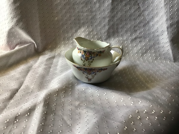 Vintage Creamer and Bowl 2
