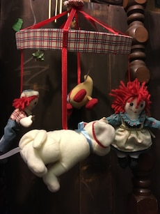 Raggedy Ann and Andy baby sift sculpturemobile