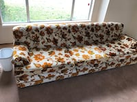 Moving 8 foot couch in good shape ready to go Milpitas, 95035