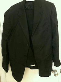 Bellissimo Tip Top Tailers Suit  $40 OBO