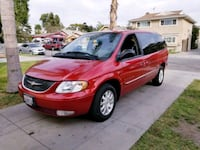 Chrysler - Town and Country - 2001 2270 mi