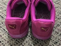 Brand new pink suede pumas size 7