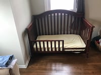 Crib with conversion rail toddler bed Selden, 11784