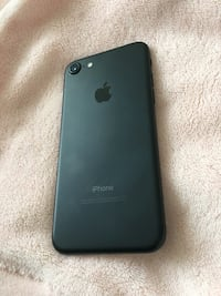 Unlocked iPhone 7 32gb - EXCELLENT condition Mississauga, L5B