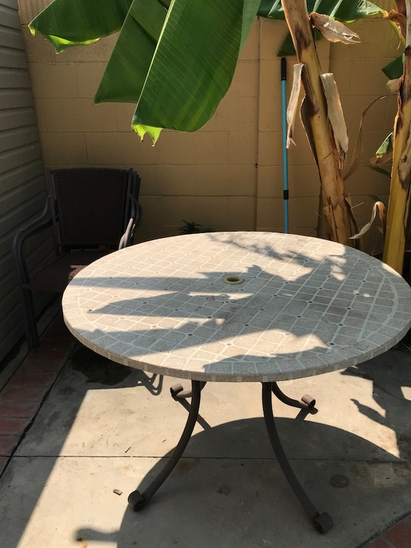 Round Stone Top With Steel Coated Frame Patio Table 4 Chairs Good Condition Rarely Used Were Covered In The Just Need E Take It