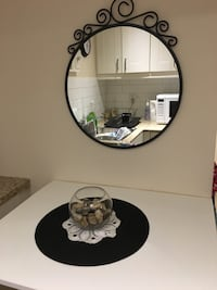 Mirror matching round and body mirror costs 80 for both. Newly condition.