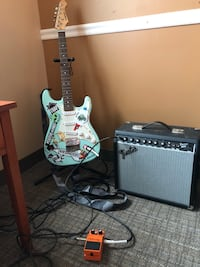 Guitar, amp, pedal. Selling together. Everything works great ! Bethesda, 20814