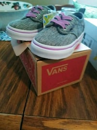 Vans shoes for baby girl nwt Gainesville, 30501