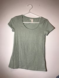 Short sleeve from H&M. Size small