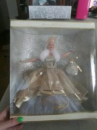2000 holiday barbie Hagerstown, 21742