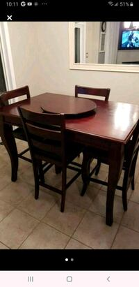 Dining Table with 4 chairs Toronto, M1W 2G9