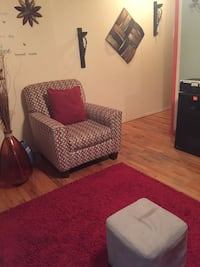 Sofas and a little table New York, 11373