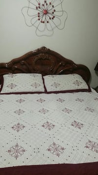 Bedroom set  in excellent  conditions including mattress Mississauga, L5A 2E9