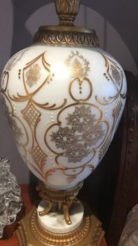 white and brown ceramic table lamp Pointe-Claire, H9R 5S7