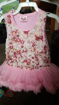 girl's pink, red, and white floral tutu dress Fresno, 93727