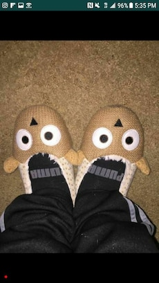 Slippers 4 Sale
