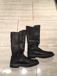 Black Leather Boots (100% Recycled) Montréal, H8Z 2Y7