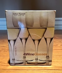 WINE GLASSES (BRaND NEW in BOX) Richmond Hill