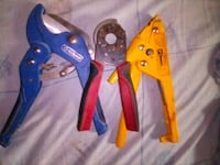 three blue and red pliers Clovis, 93612