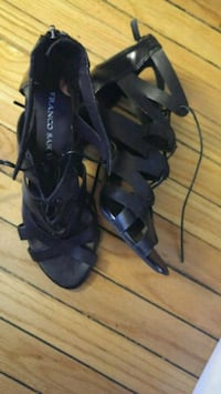 pair of black leather open-toe heeled sandals  Winnipeg, R3B 2P8